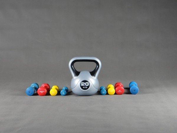 Jak zacząć regularnie ćwiczyć na siłowni?