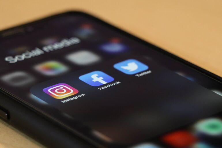 W mediach społecznościowych